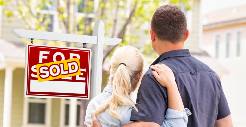 couple looking at house that was just sold; (article: how to sell your house without a realtor)